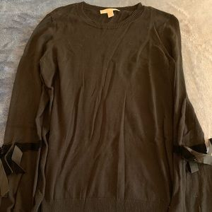 Micheal Michael Kors Bell Sleeve Sweater 🖤